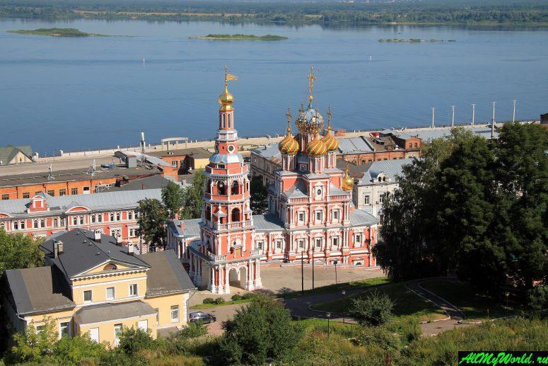 Достопримечательности Поволжья: Строгановская (Рождественская) церковь в Нижнем Новгороде