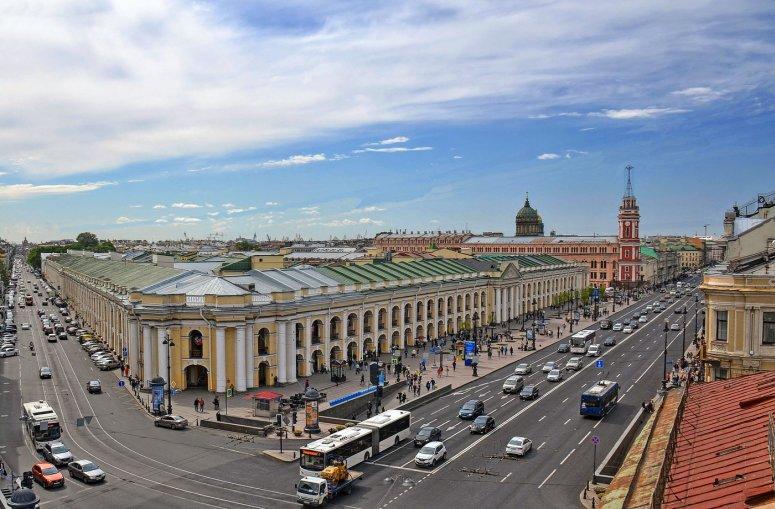 Санкт-Петербург, достопримечательности Невского проспекта: Большой Гостиный двор