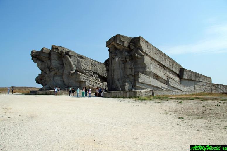 Достопримечательности Керчи: Аджимушкайские каменоломни