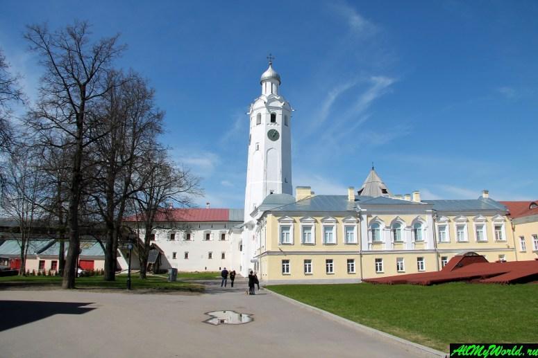 Достопримечательности Великого Новгорода: Часозвоня