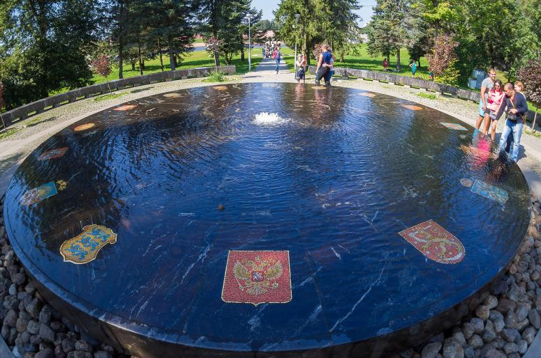 Достопримечательности Великого Новгорода: Ганзейский фонтан