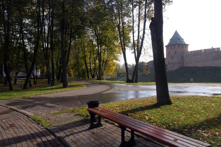Достопримечательности Великого Новгорода: Кремлевский парк