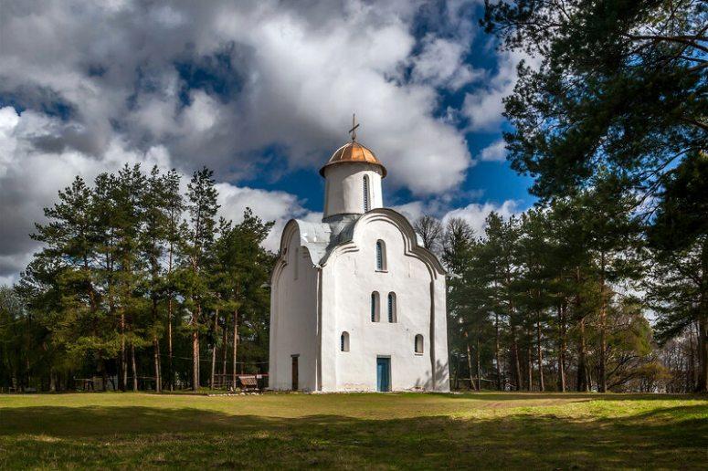 Достопримечательности Великого Новгорода: Перынский скит