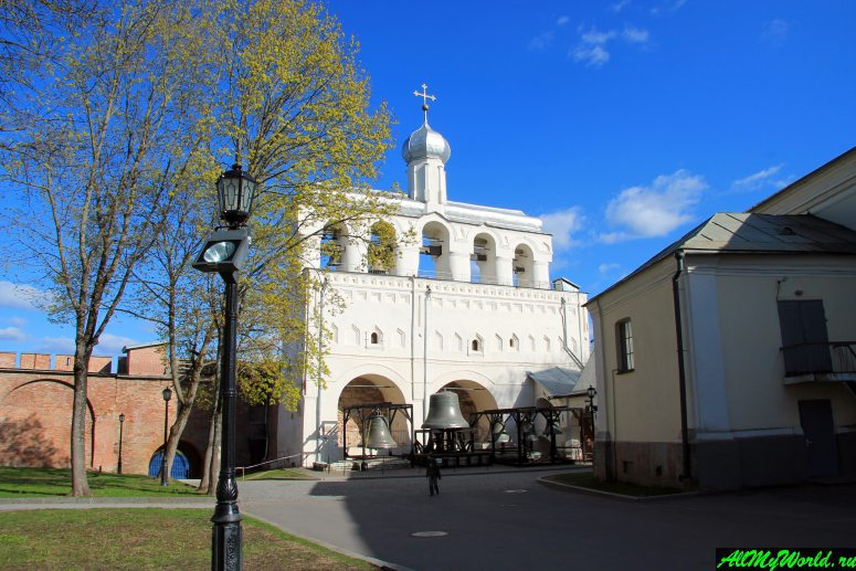 Достопримечательности Великого Новгорода: Звонница Софийского собора