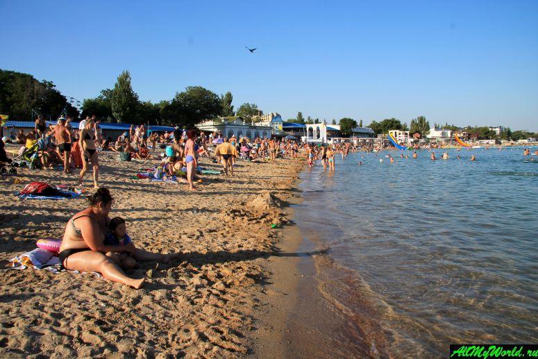 Лучшие пляжи Крыма: Центральный пляж Евпатории