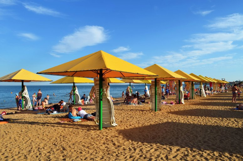 Лучшие пляжи Крыма: Городской пляж Керчи