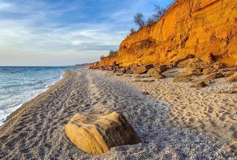 Лучшие пляжи Крыма: Пляж Любимовка в Севастополе