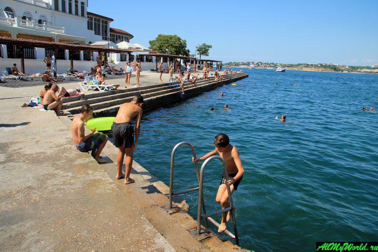 Лучшие пляжи Крыма: Хрустальный пляж Севастополя