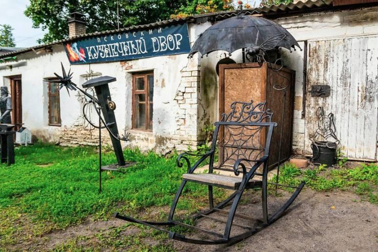 Достопримечательности Пскова: Псковский Кузнечный Двор (Дом Ксёндза)