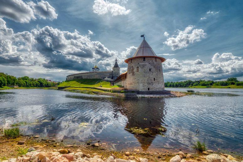 Достопримечательности Пскова: Псковский Кремль (Кром)