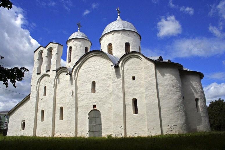 Достопримечательности Пскова: Собор Рождества Иоанна Предтечи