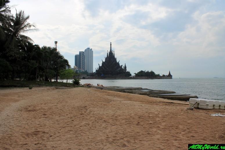 Паттайя, пляж Вонг Прачан Crescent Moon и отель Garden Sea View Resort