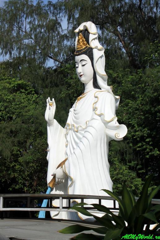 Паттайя, холм Пратамнак - Ванг Сам Сьен (Wang Sam Sien)