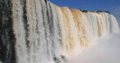 Бразилия: национальный парк Игуасу