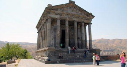 Армения: языческий храм Гарни