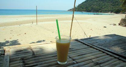 Бутылочный пляж (Ботл-бич) — один из красивейших пляжей Пангана