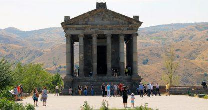 Гарни: языческий храм и музей