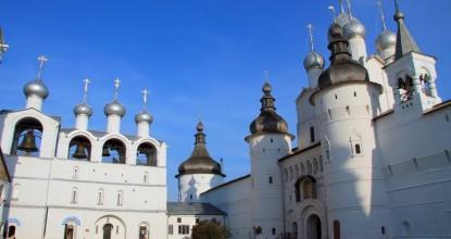 Город Ростов Великий: Кремль, монастыри и озеро Неро