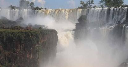 Чудо света: водопад Игуасу (Аргентина)