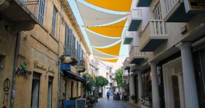 Никосия, столица Кипра — греческая и турецкая части