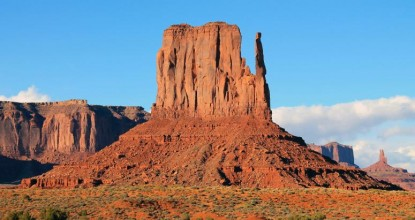 Парк Долина Монументов (Monument Valley) в США