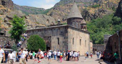 Святые места Армении: монастырь Гегард